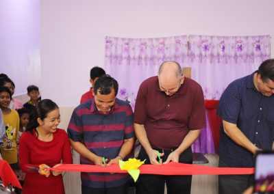 angsnoul cutting of ribbon